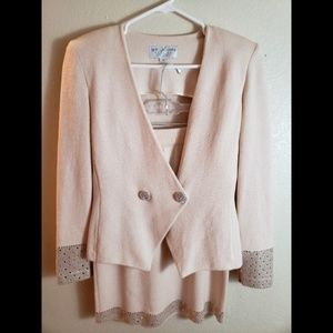 St John Evening Beaded 2 Piece Skirt Blazer Suit
